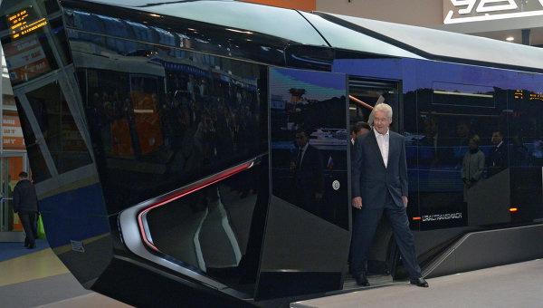Трамвай R1 на выставке ЭкспоСитиТранс 2014 в Москве