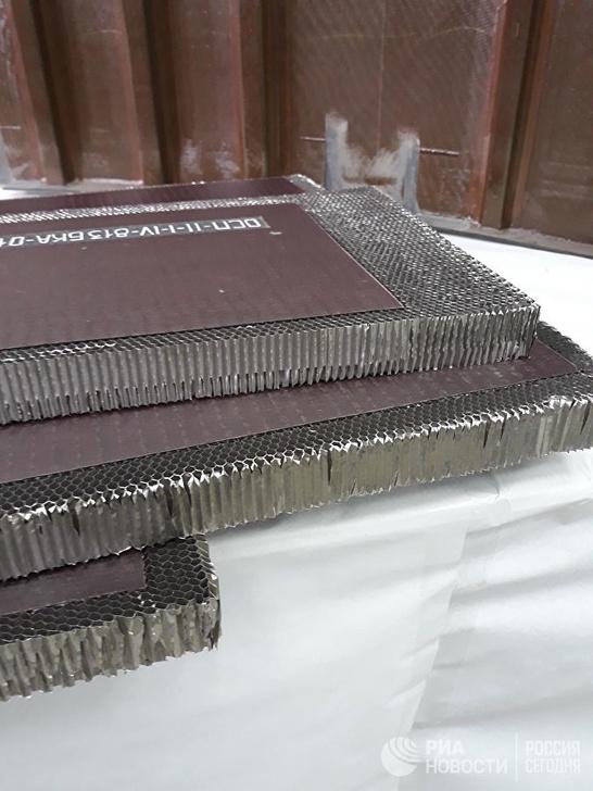 Алюмениевы соты - наполнение композитной детали