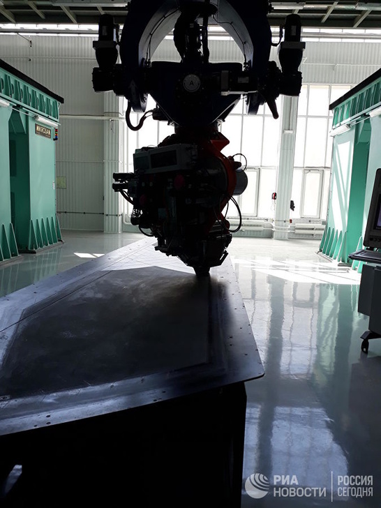 Производство хвостового оперения из углепластика для МС-21