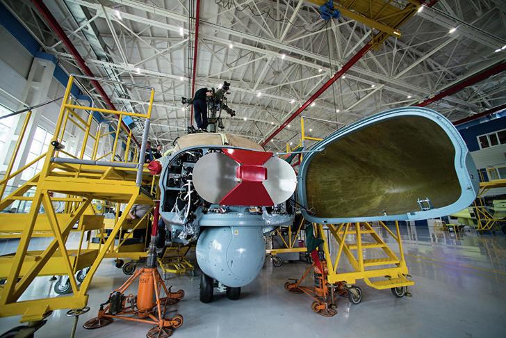Антенна радиолокационной станции вертолета Ка-52 «Аллигатор»
