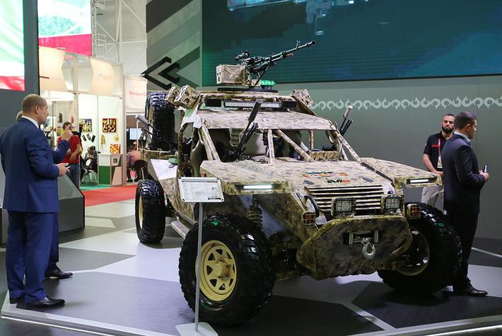"""Аэромобильный многоцелевой автовездеход (багги) """"Чаборз"""" М-6"""