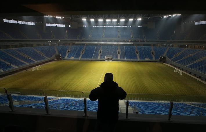 """Вид на поле стадиона """"Санкт-Петербург"""""""