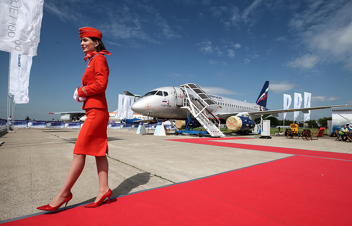 Российский ближнемагистральный пассажирский самолет Sukhoi Superjet 100