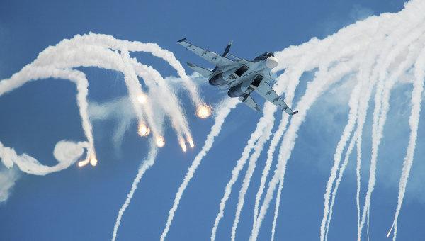 Многоцелевой истребитель Су-30. Архивное фото