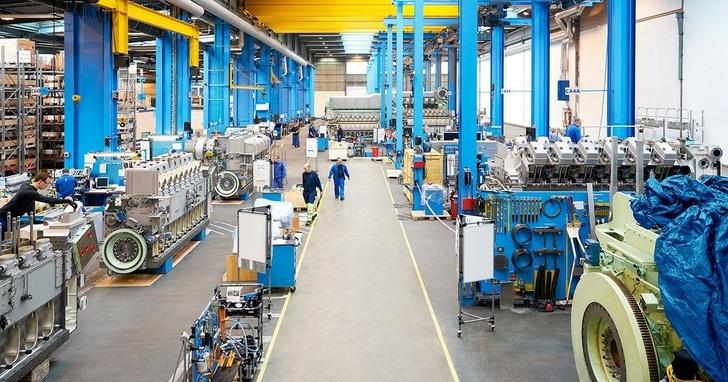 Сборочный конвейер на заводе двигателей в Бергене