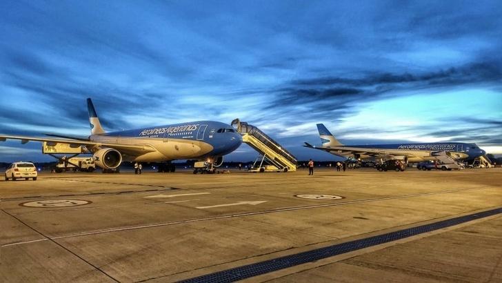 Два самолета «Аргентинских Авиалиний» готовятся вылететь за вакциной «Спутник V» в Россию