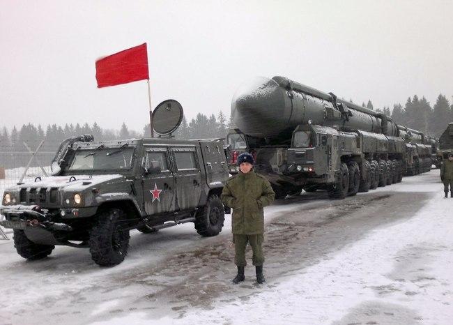 Fuerzas Armadas de Rusia  Y3M0MDM3MjIudmsubWUvdjQwMzcyMjkyMS85NTgxL2VjclJUNEI3cGowLmpwZw==