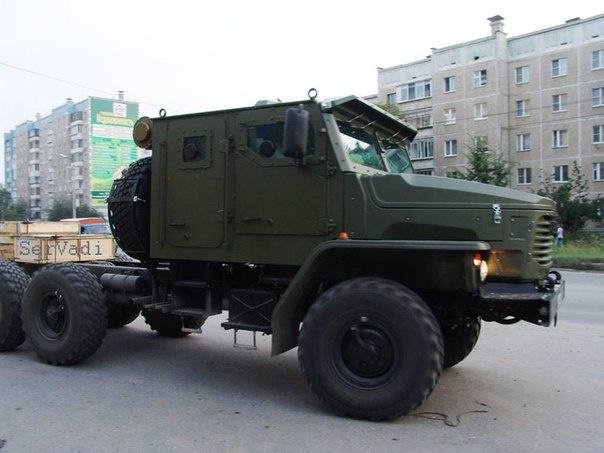 The Russian Military Automotive Fleet - Page 3 Y3M2MjYzMTcudmsubWUvdjYyNjMxNzIzNS8xZjllZi8yWVNGVkRMcURJay5qcGc_X19pZD04MTMxNA==