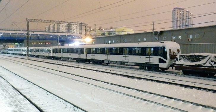 Очередной новый поезд метро для Будапешта