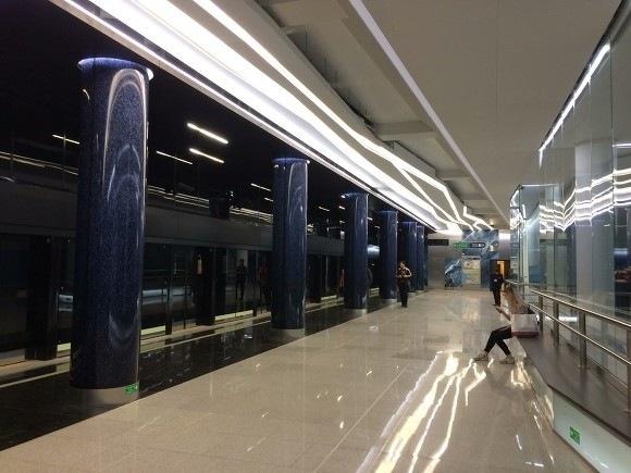 Станция метро «Новокрестовская» в Санкт-Петербурге приняла первых пассажиров