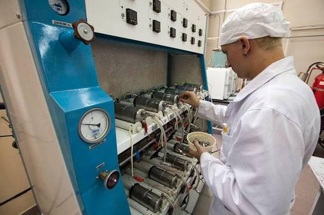 Как делают солнечные батареи для космоса (27 фото)