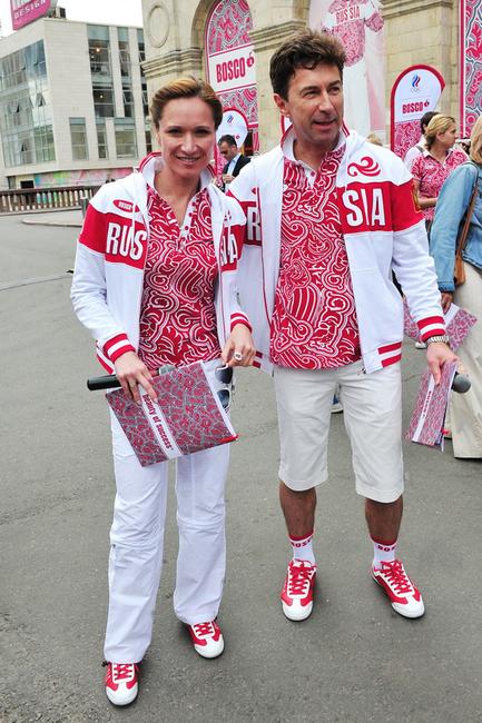 Олимпийцы примерили новую форму для