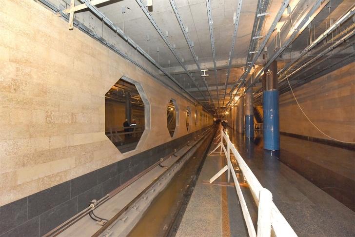 Строительство станции метро «Дунайская»