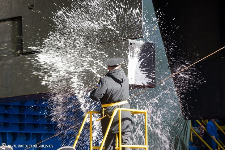 Poseidon carrier Submarines - Page 3 YS5yYWRpa2FsLnJ1L2EyNC8xOTA0Lzg0LzE0YjJlOWVkMDJmZC5qcGc=