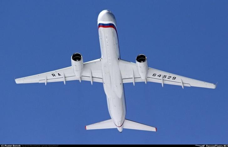 Первый Ту-214ПУ-СБУС прибыл на аэродром Чкаловский