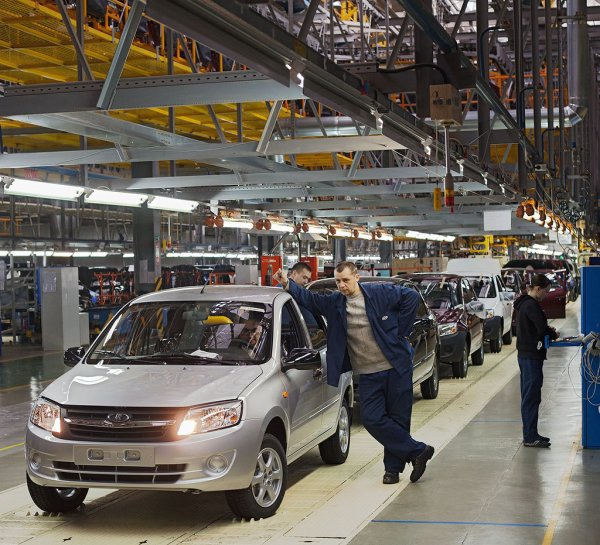 Ижевский автозавод в 2016 году на 32% нарастил объемы производства