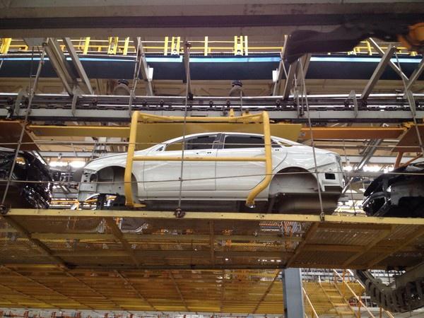 АвтоВАЗ начал серийное производство Lada Vesta - Фото 1