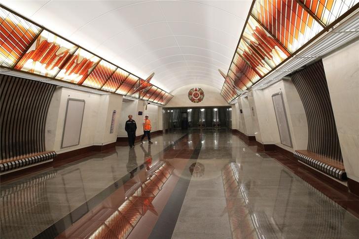 В Петербурге открыли 3 станции метро