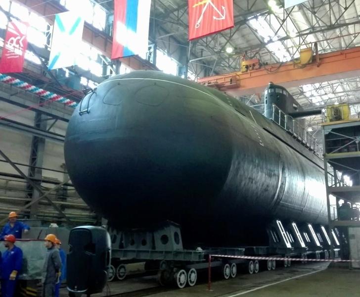 Спущена на воду подводная лодка «Кронштадт»