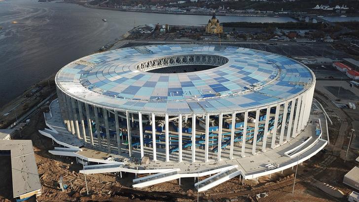 Прошивка газона на стадионе в Нижнем Новгороде завершена