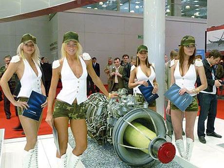 Промоция двигателя ВК-2500 на выставке в России