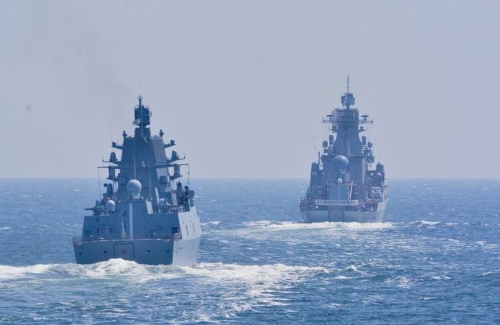 Корабли Северного флота идут в Кронштадт