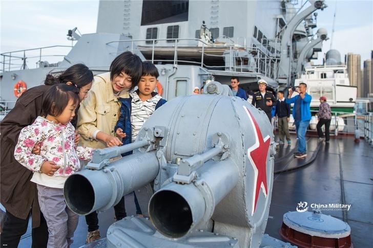 Корабли Тихоокеанского флота с визитом дружбы в китайском Циндао