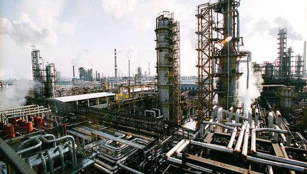 Апрель 2014: переработка нефти в РФ +10.8% год к году