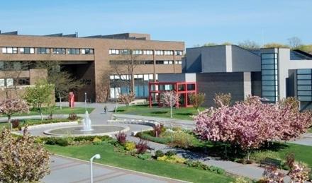 Первый покупатель российских суперкомпьютеров в США - университет штата Нью-Йорк в городе Стони Брук