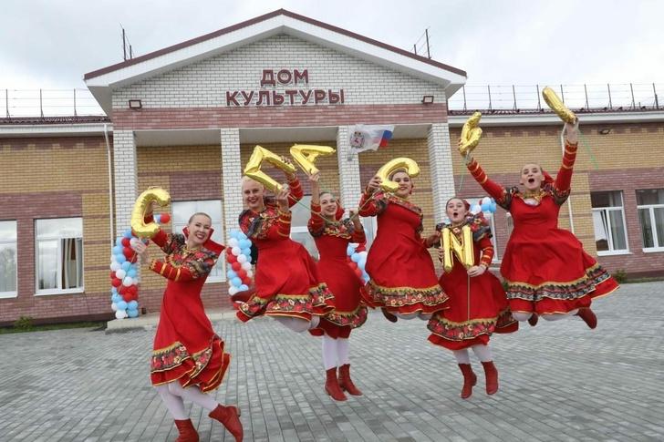 Танцуют все: новый Дом культуры открыли в селе Валки Лысковского района