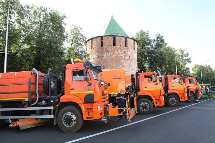 Новая коммунальная техника прибыла в Нижний Новгород