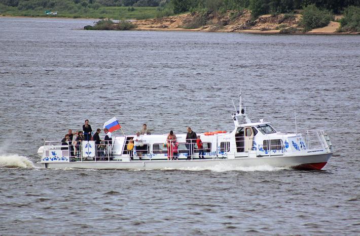 Катер РТВ-10 (С) фото Borodin_EV (http://fleetphoto.ru)