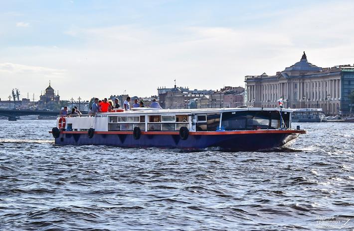 """""""Корсика"""" (С) фото Сергей Лутов (http://fleetphoto.ru)"""