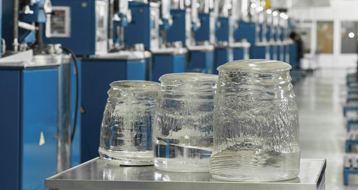 «Монокристалл» начал выпуск кристаллов искусственного сапфира больших и сверхбольших диаметров