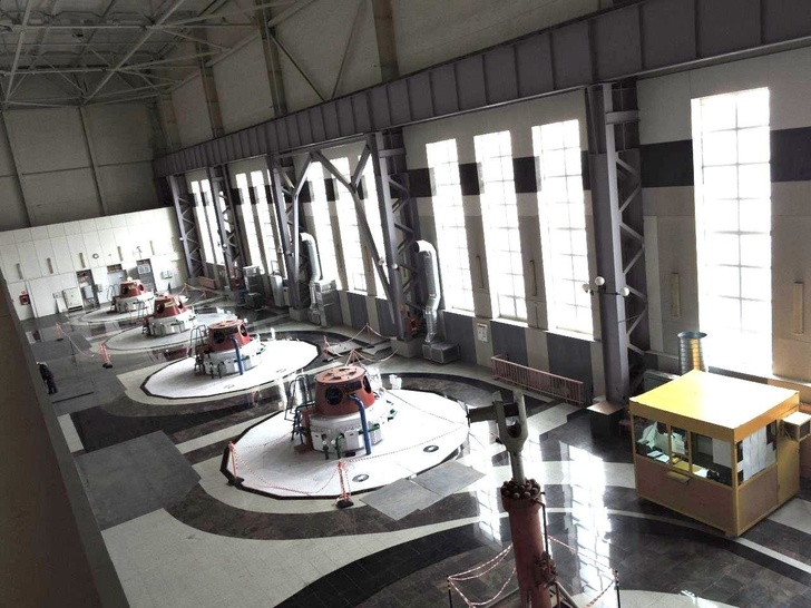 Машинный зал Зеленчукской ГЭС-ГАЭС