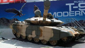Т-90С на стенде
