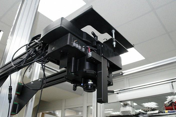 Профессиональная видеокамера без механических затворов