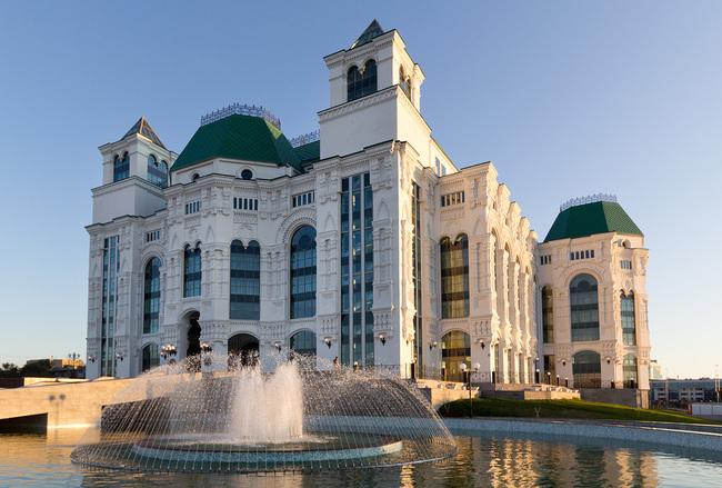 Астраханский государственный театр оперы и балета, Астраханская область, Астрахань и Астраханский городской округ.
