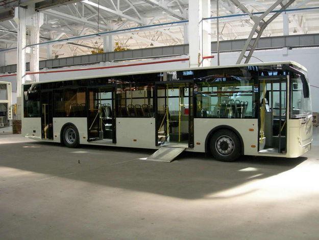 Низкопольный городской автобус РоАЗ-5236 получил одобрение типа...