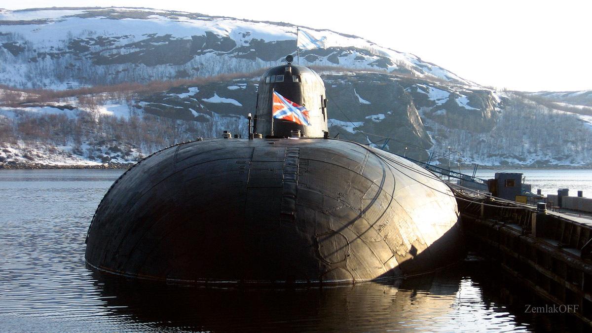 Ремонту ракетного крейсера воронеж