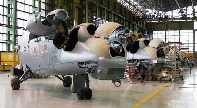 «Ми-35М в цехах Роствертола»
