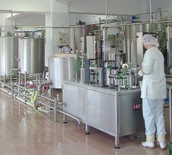 Молочные продукты мы не покупаем в магазине.  Масло,творог,молоко,сметану,кефир производим на нашей маленькой ферме.