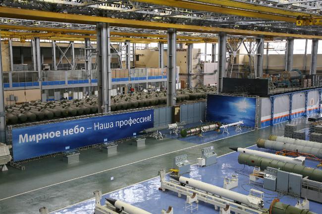 Сборочный цех зенитных управляемых ракет для ЗРС дальнего действия на заводе «Авангард»